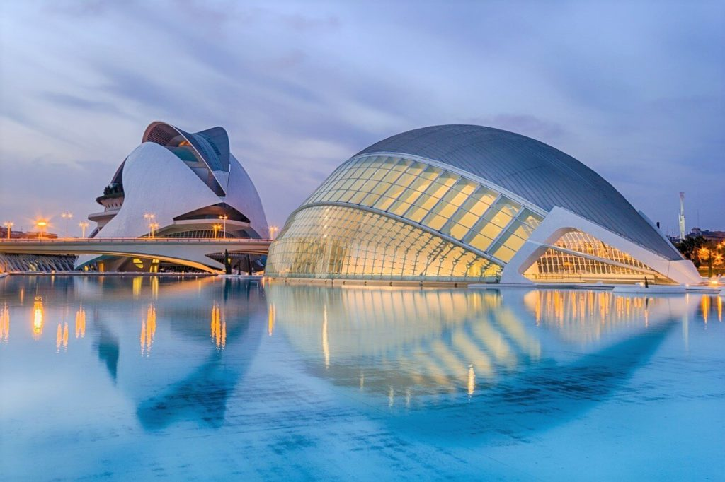 CIty of Arts and Sciences in Valencia, a must for budget traveler