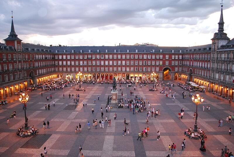 Plaza Mayor, prices of attractions in Madrid