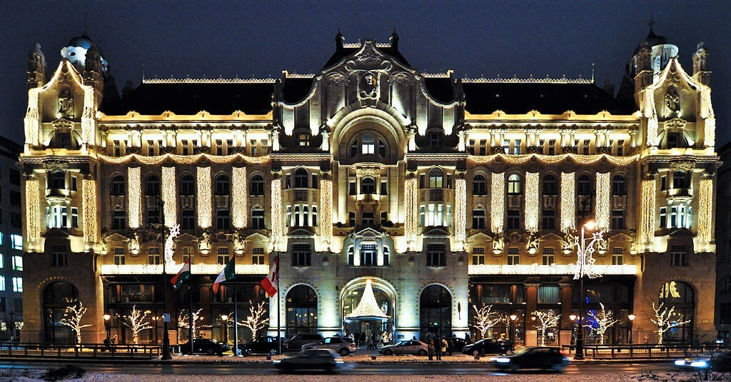 Budapest four seasons hotel at night, save money to travel