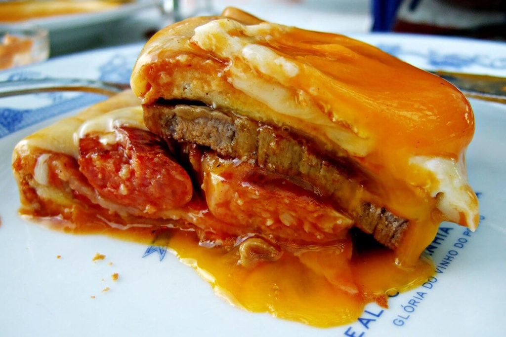 Francecinha, traditional dish from Porto