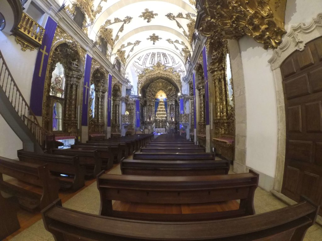 Double church from the inside, Porto itinerary