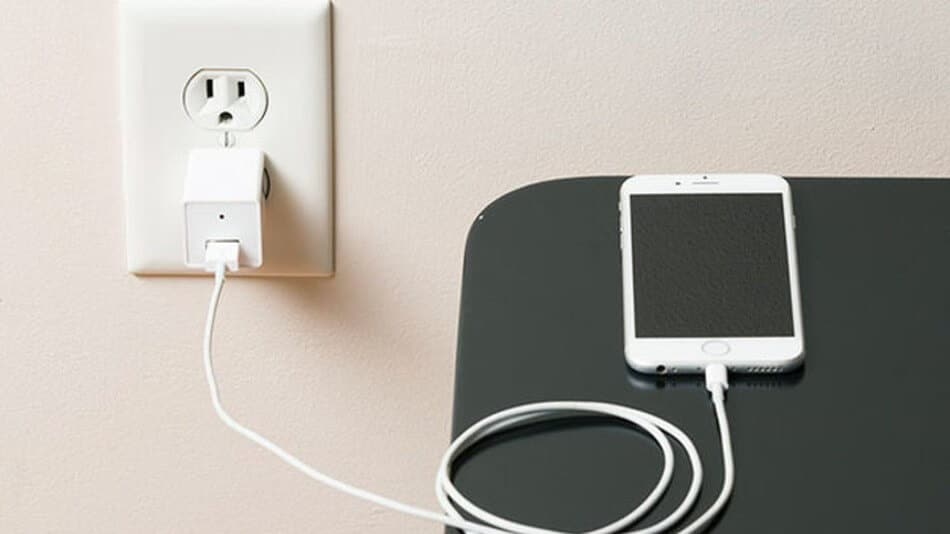 Phone charger, one of the first things to bring with you on a vacation