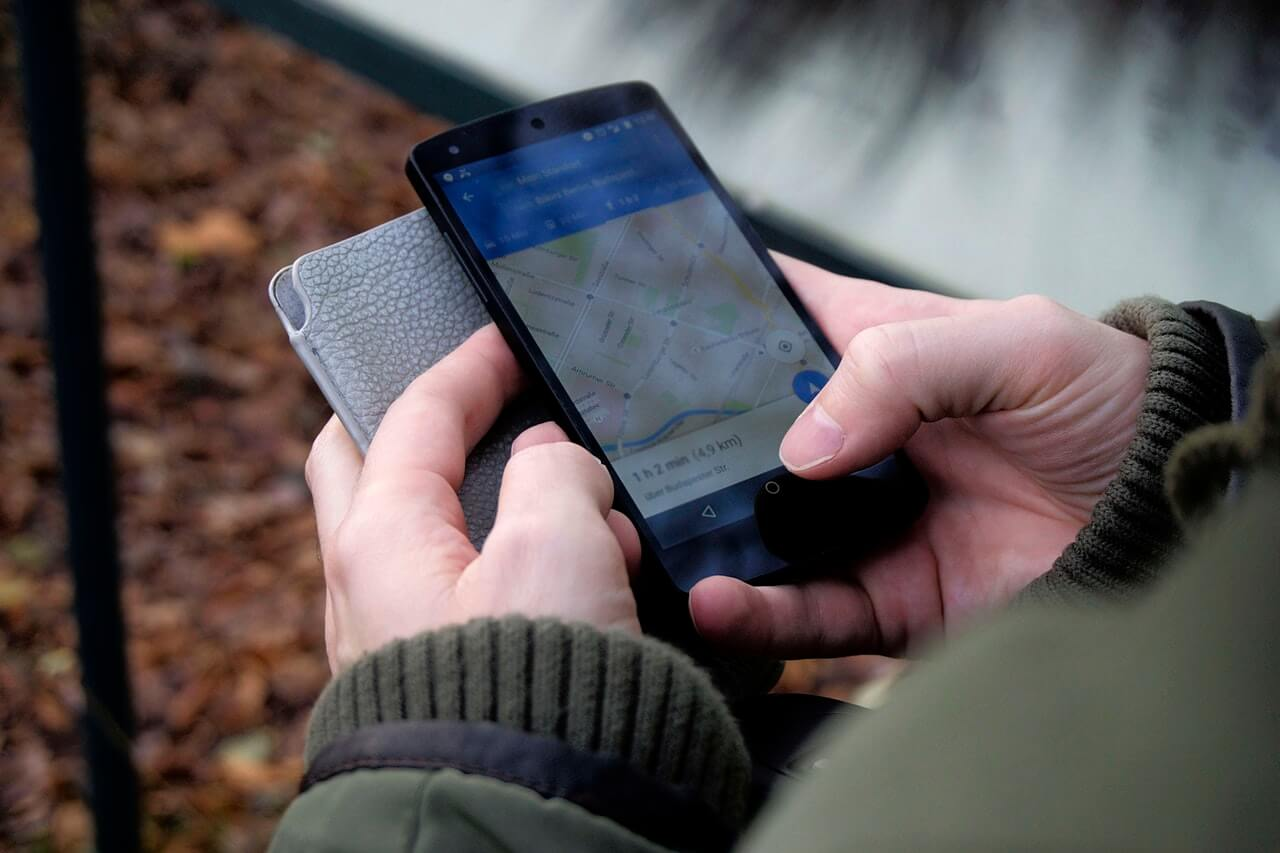 Offline maps app on the phone