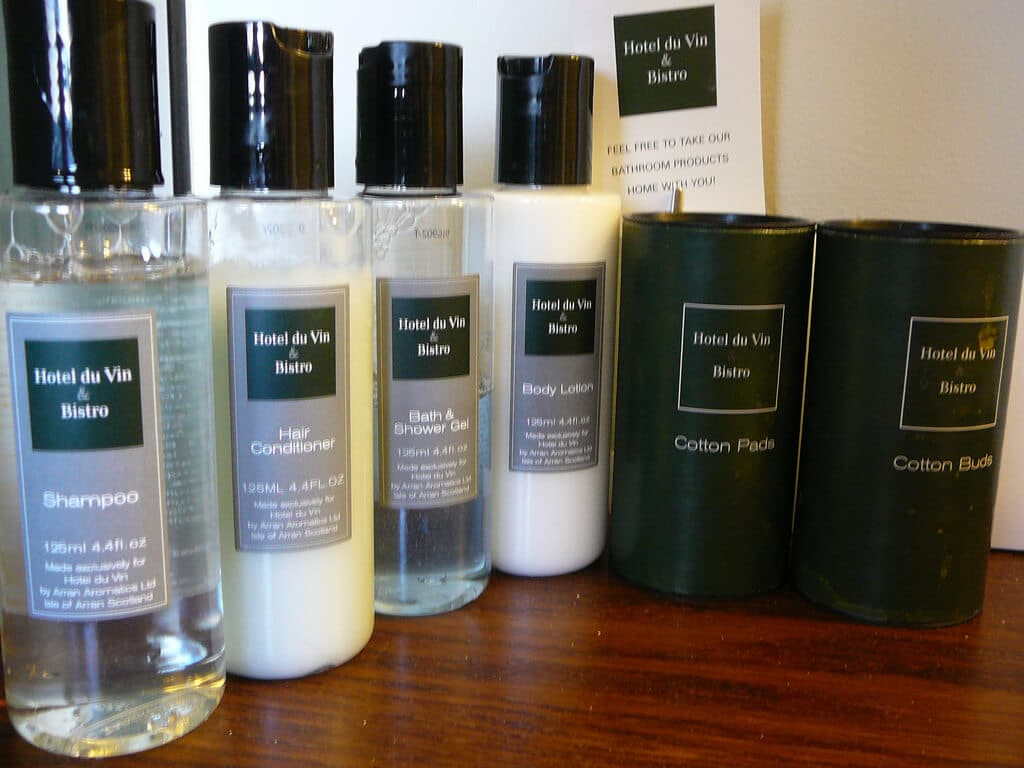 Toiletries in a hotel to bring for summer vacations