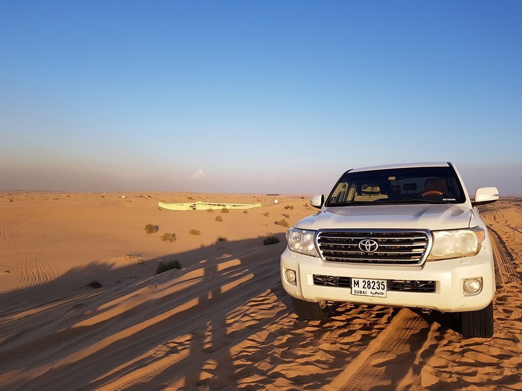 Desert safari on a car, Dubai itinerary