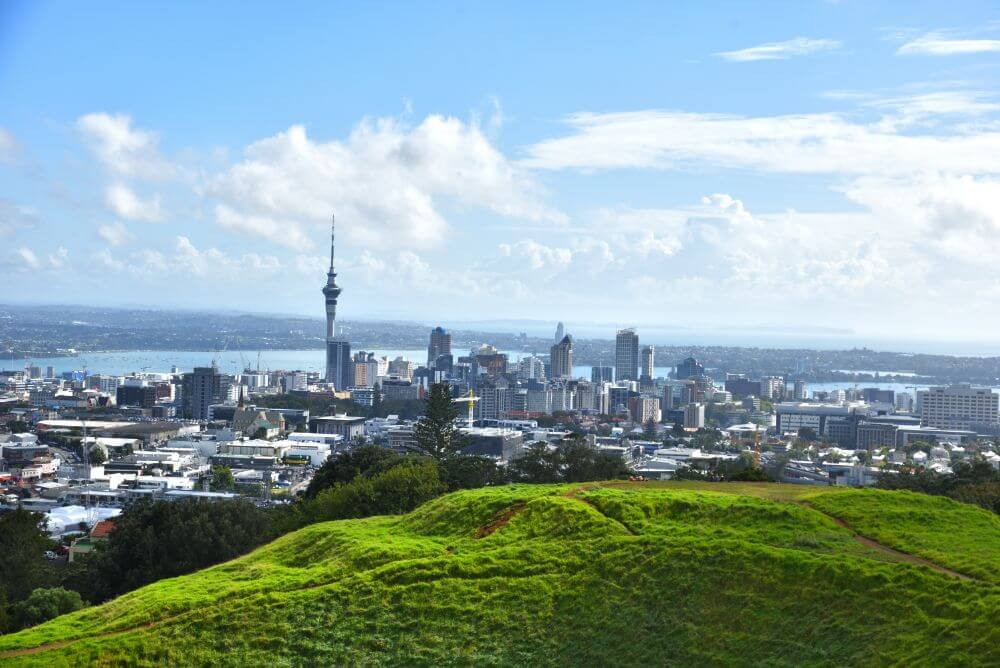 Panoramic view of Auckland attractions to visit on a weekend