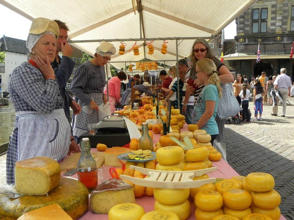 Cheese market and festival in Alkmaar Holland itinerary