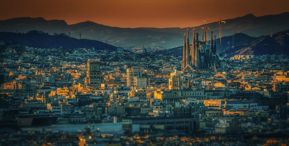 Barcelona sunset panoramic view, city weekend itienerary