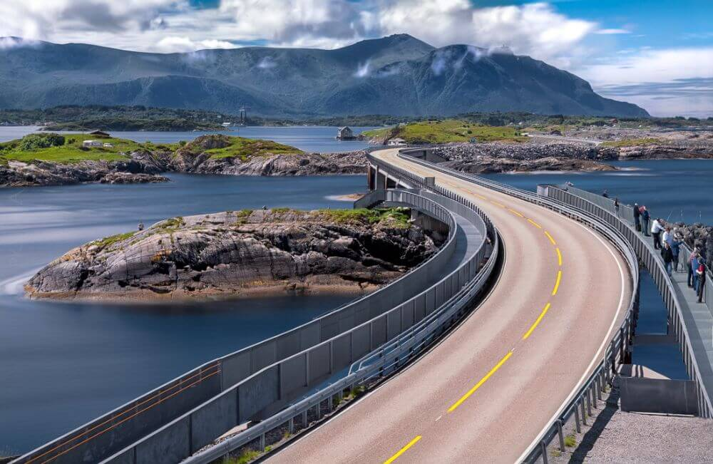Atlantic Highway in the UK, road trip places for students