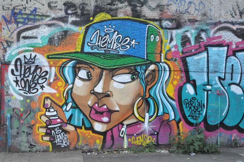 Street art tour in Berlin
