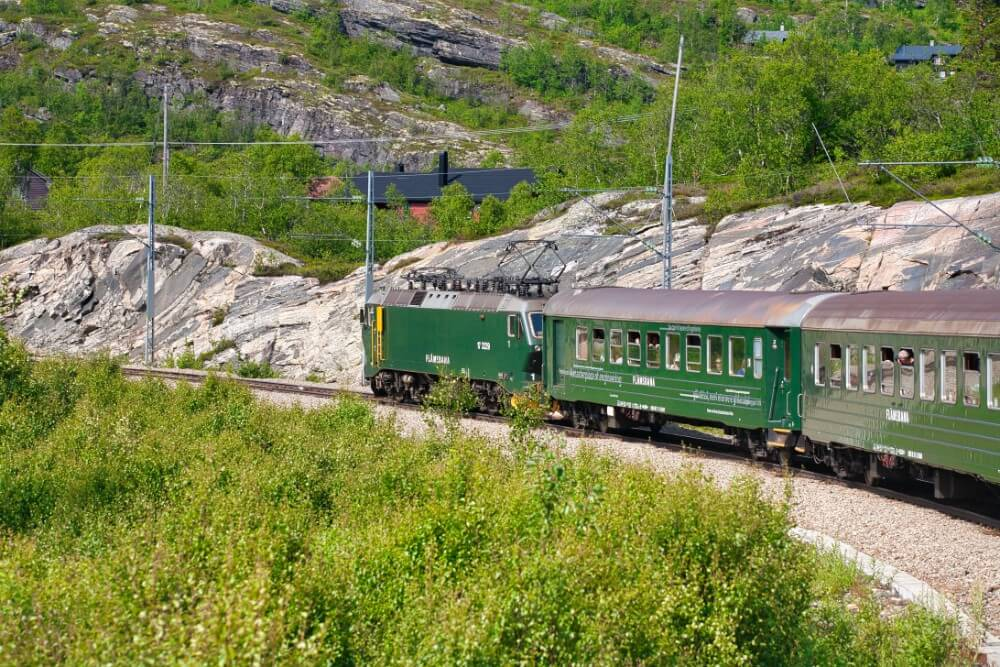 Flamsbana railway route in Norway, things to do in 3 days