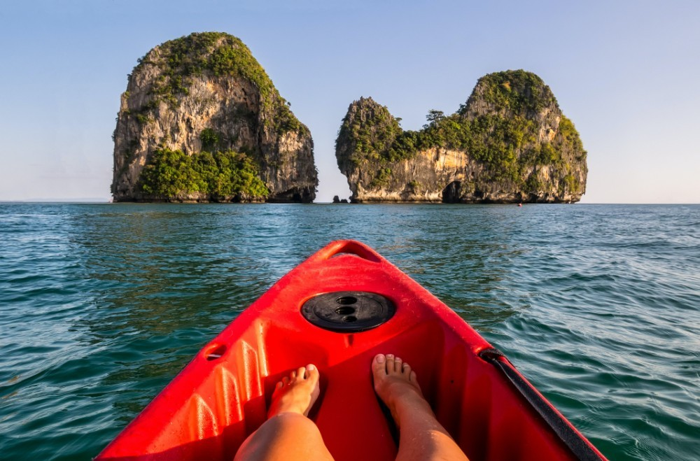 Ways to enjoy your perfect Asian holidays, kayaking in Indonesia